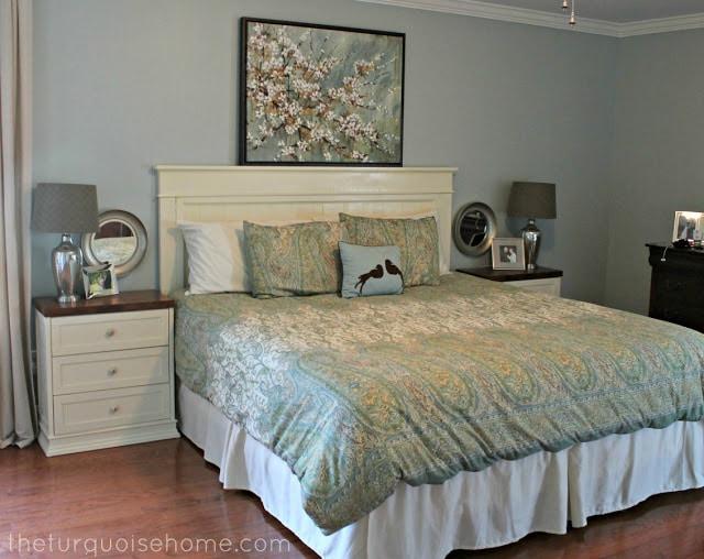 DIY Headboard {master bedroom update} | The Turquoise Home