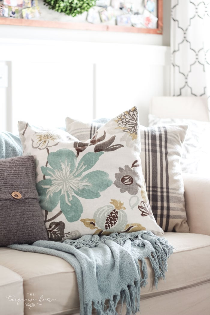 Splurge vs. Save | cheap ideas for throw pillows!