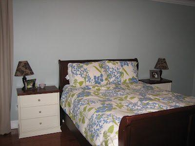 Master Bedroom: Photo Wall