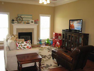 Living Room Update: New TV/Media Stand