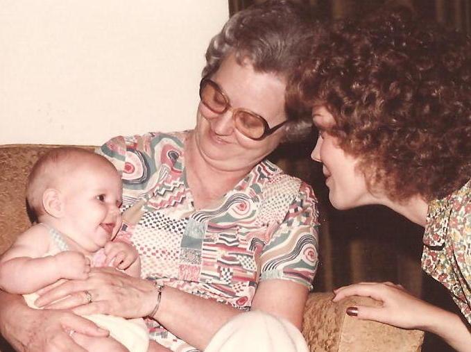 Grammy, Laura, Marilu