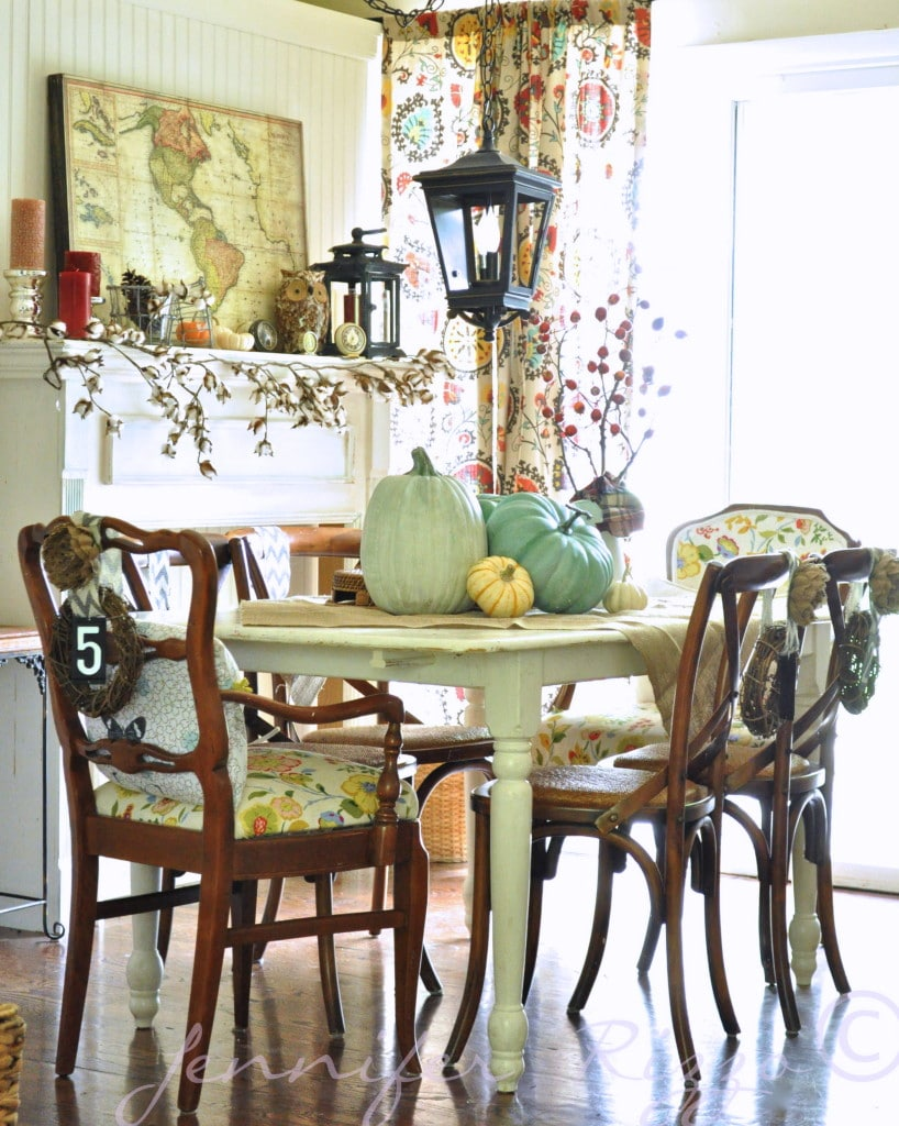 11 Ways to add Fall to your Home | Fall Dining Room from Jennifer Rizzo
