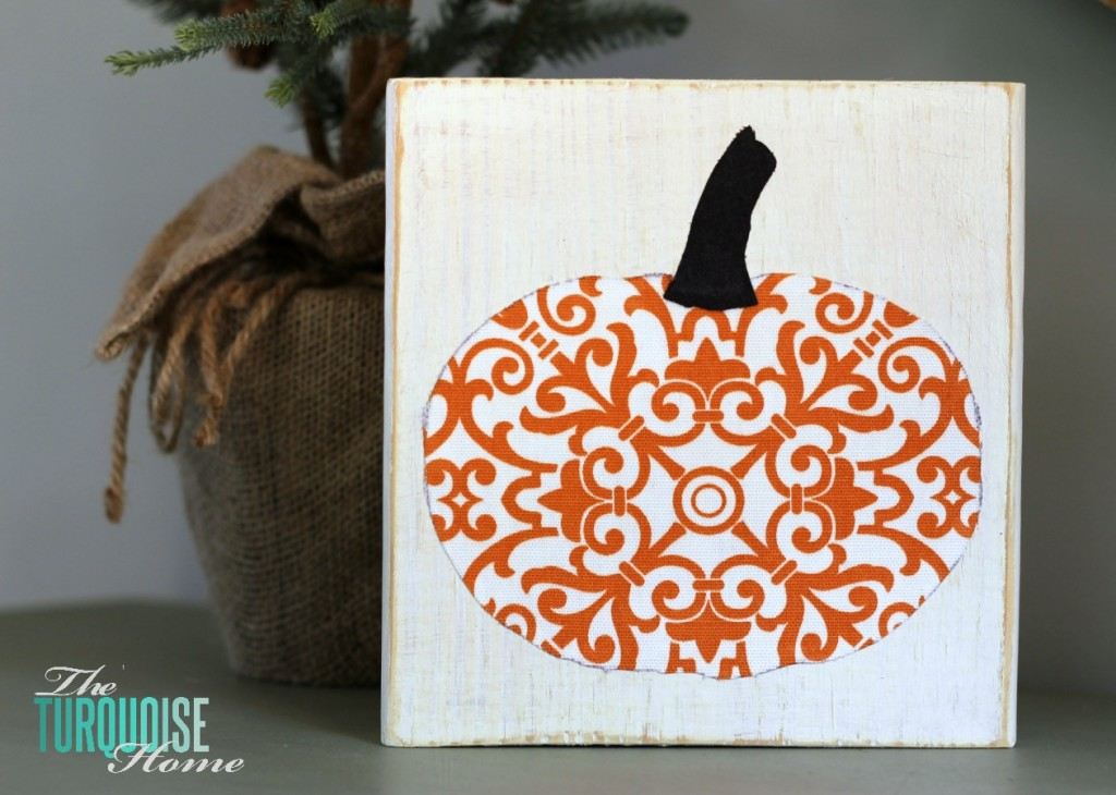 Scrappy Pumpkin Fall Decor | The Turquoise Home #diy