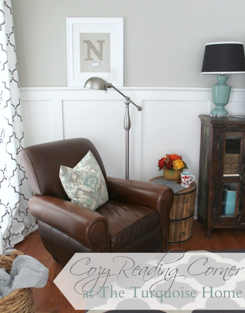 Cozy reading corner the turquoise home Reading nook in living room