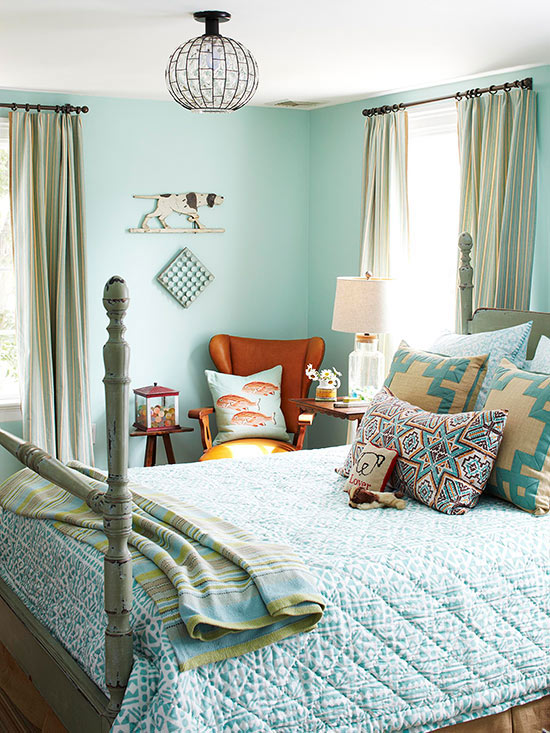 Let 39 S Talk Throw Pillows And A Giveaway The Turquoise Home