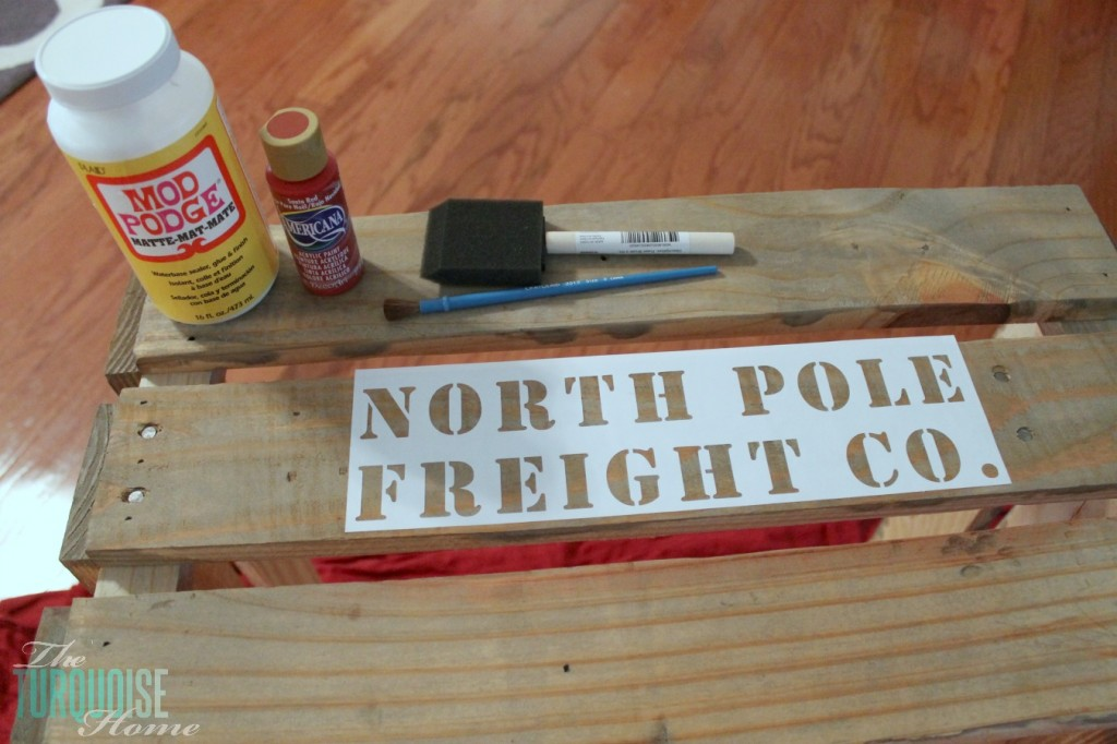 How to Stencil a Pallet Crate