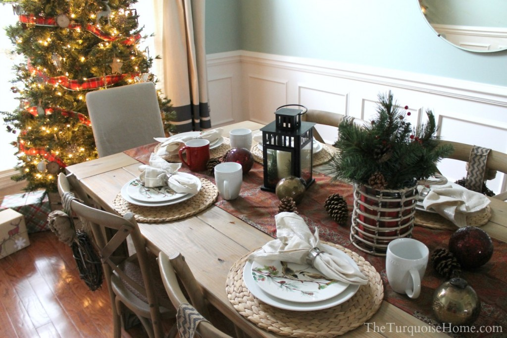 Christmas Home Tour 2013: Pretty in Plaid - find all the details at TheTurquoiseHome.com