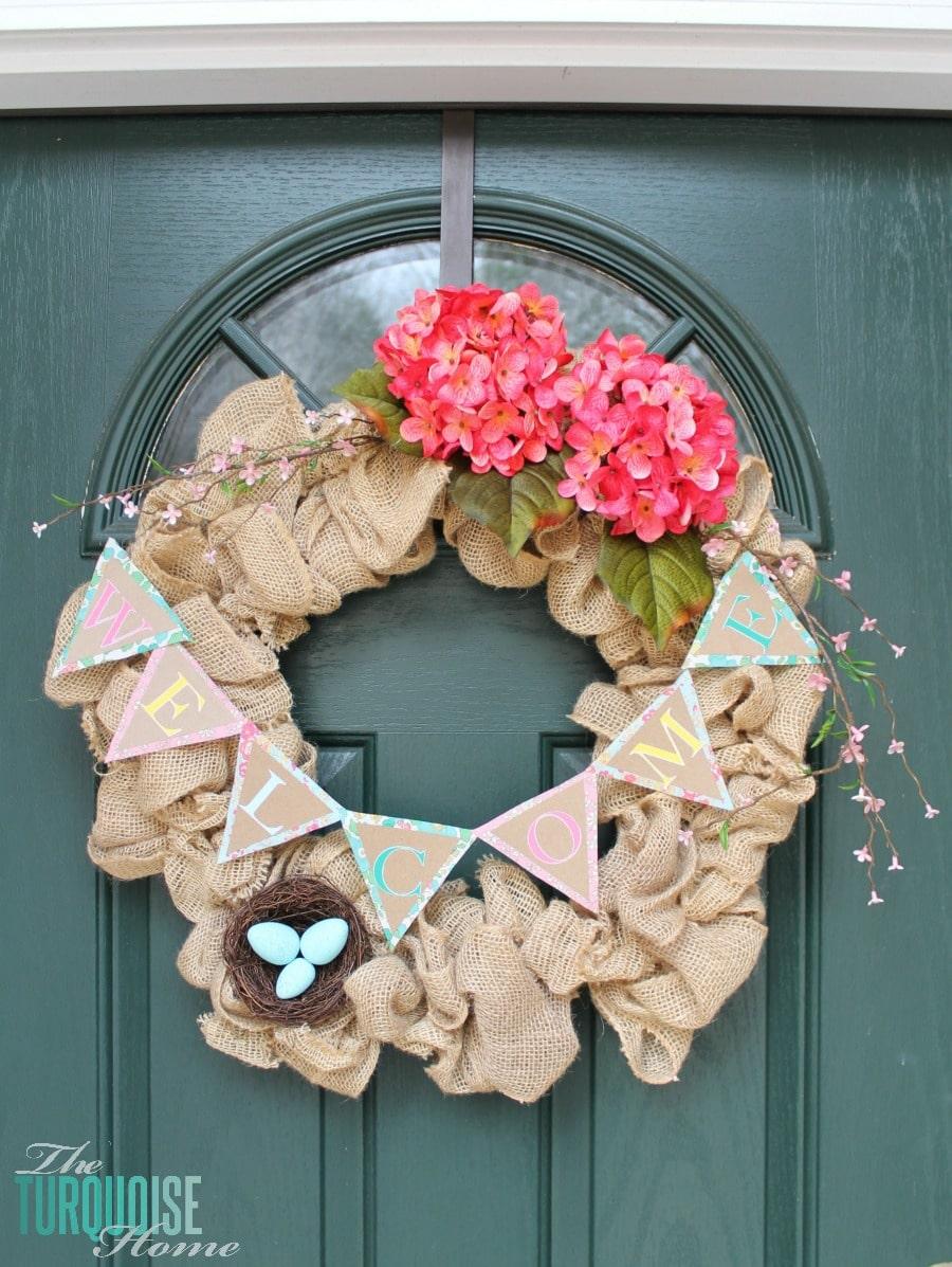 Spring Burlap Wreath #DIY #Silhouette #printandcut