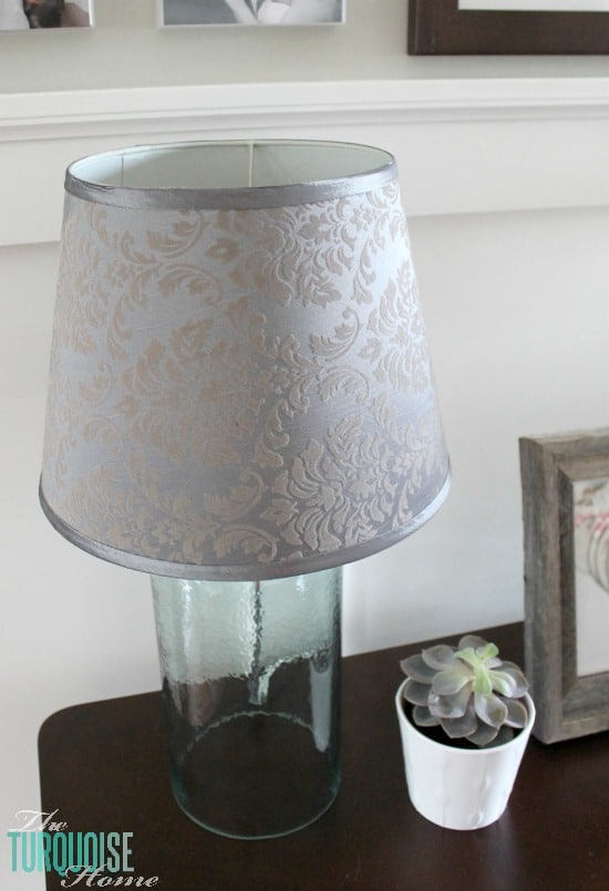 How to Easily Recover a Lamp Shade #DIY