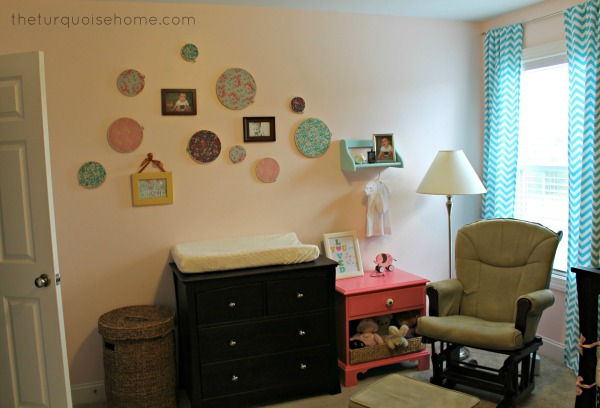 Little Girl's Pink and Turquoise Room