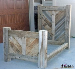 Barnwood-bed-no-mattress