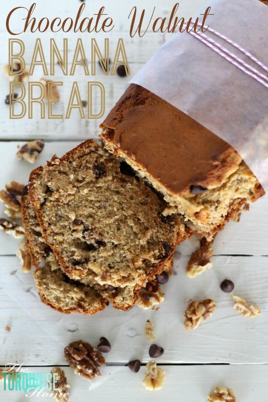 Chocolate Walnut Banana Bread | via TheTurquoiseHome.com