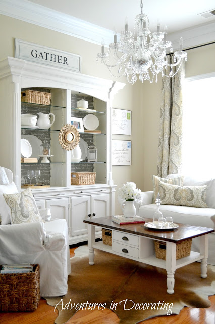 Bright and Cozy Living Room | AdventuresinDecorating1.blogspot.com