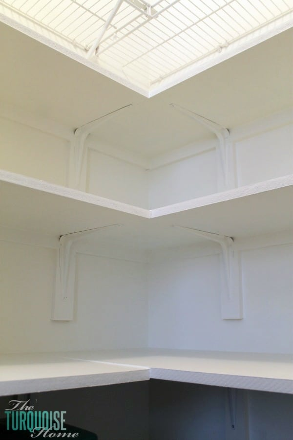 How to Install Custom Closet Shelves | TheTurquoiseHome.com