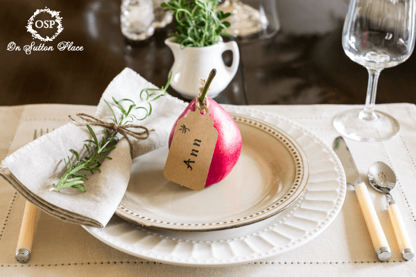 Natural-Elements-like-Rosemary-and-Pears-make-for-a-perfect-Thanksgiving-Table-Setting
