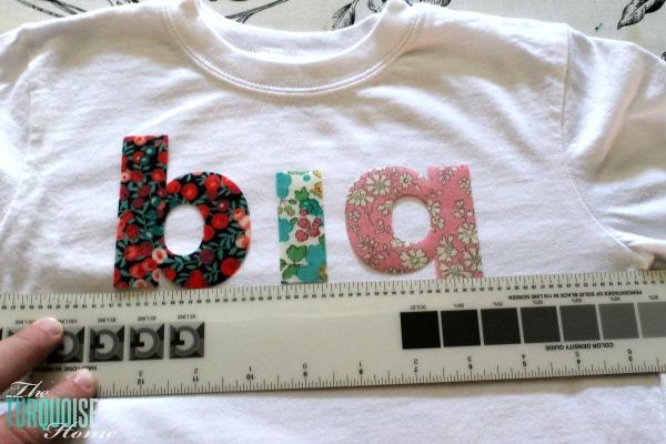 DIY Big Sis and Lil Sis T-shirts | TheTurquoiseHome.com