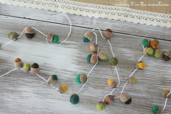 felted-acorn-garland