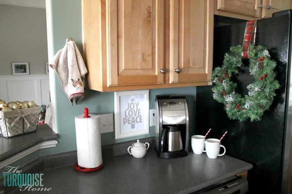 Christmas Coffee Station | Christmas Decorating in the Kitchen | TheTurquoiseHome.com