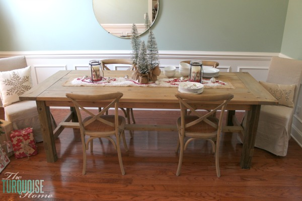 Simple and Rustic Christmas Dining Room   TheTurquoiseHome.com