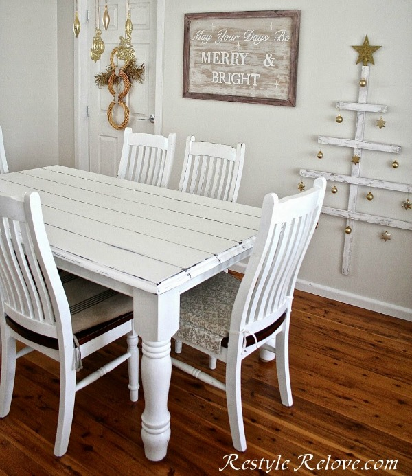 faux-plank-farmhouse-table