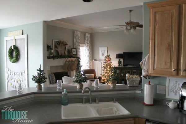 Christmas Decorating in the Kitchen | TheTurquoiseHome.com