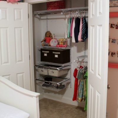 Organizing: Miss A's New Closet System | TheTurquoiseHome.com