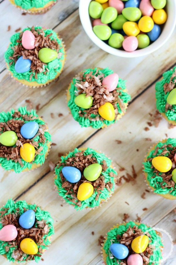 birds-egg-nest-cupcakes