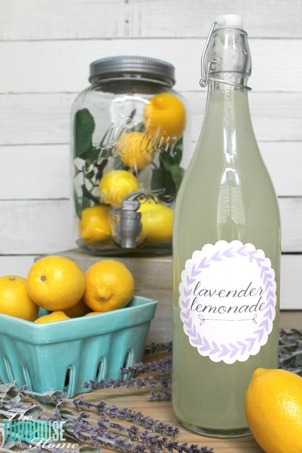 Perfect for quenching your thirst in summer! Try making this lavender lemonade with fresh-sqeezed lemon and lavender essential oil! | TheTurquoiseHome.com