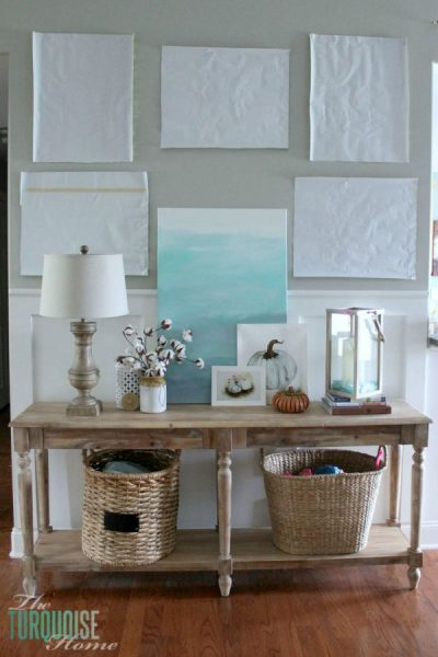 How to decorate a console table: the process | Find out more details at TheTurquoiseHome.com