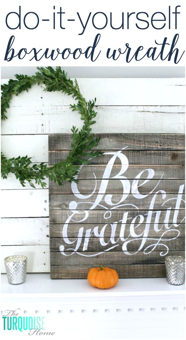 This boxwood wreath is so simple to make and I have all of the supplies. Nothing beats free and cute DIY!! | Details at TheTurquoiseHome.com