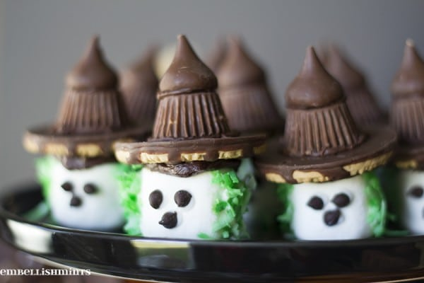 Witch-Marshmallows