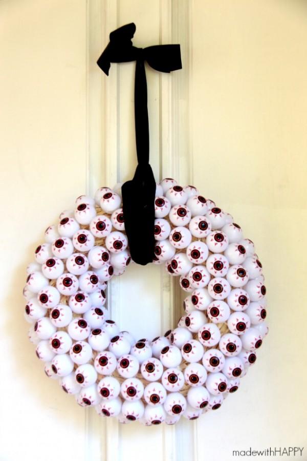 eye-ball-wreath-2-683x1024