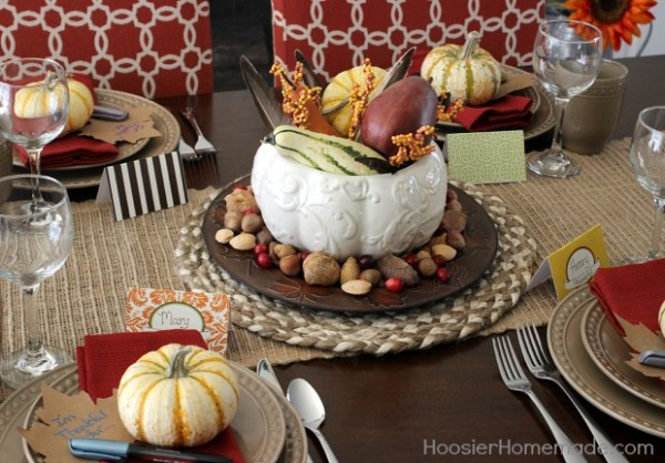 How-to-Decorate-a-Thanksgiving-Table