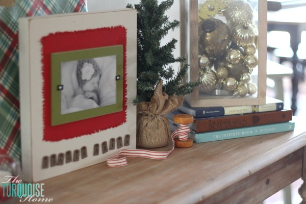A Traditional Christmas Home Tour at TheTurquoiseHome.com