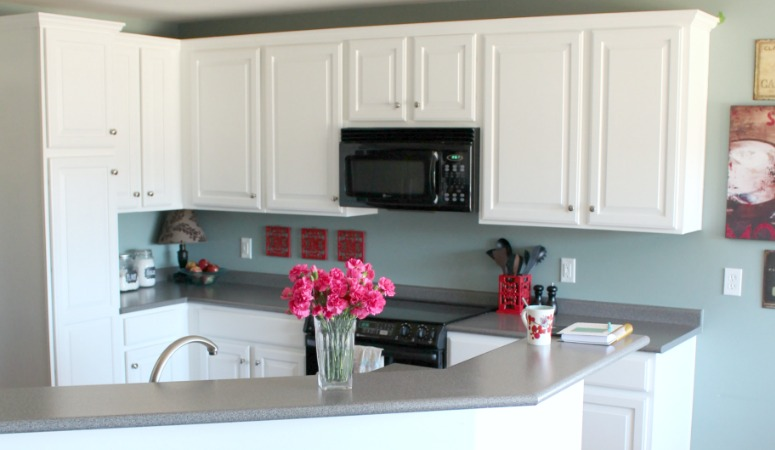 Painted Kitchen Cabinets With Benjamin Moore Simply White - Grey and white painted kitchen cabinets