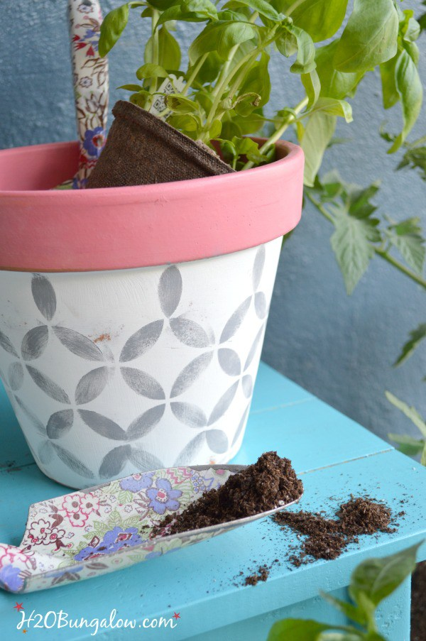 Spring Stenciled Planters