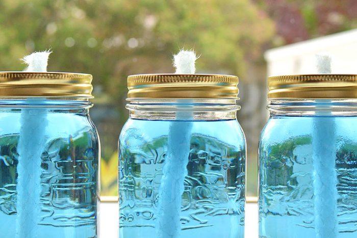 DIY-mason-jar-citronella-candles