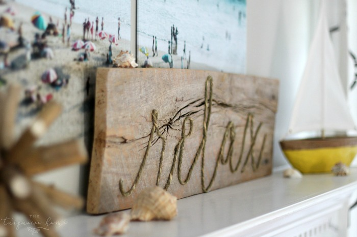 This sign is so cute, easy to make and perfect for your summer decor! DIY Weathered Rope Sign   Full Tutorial