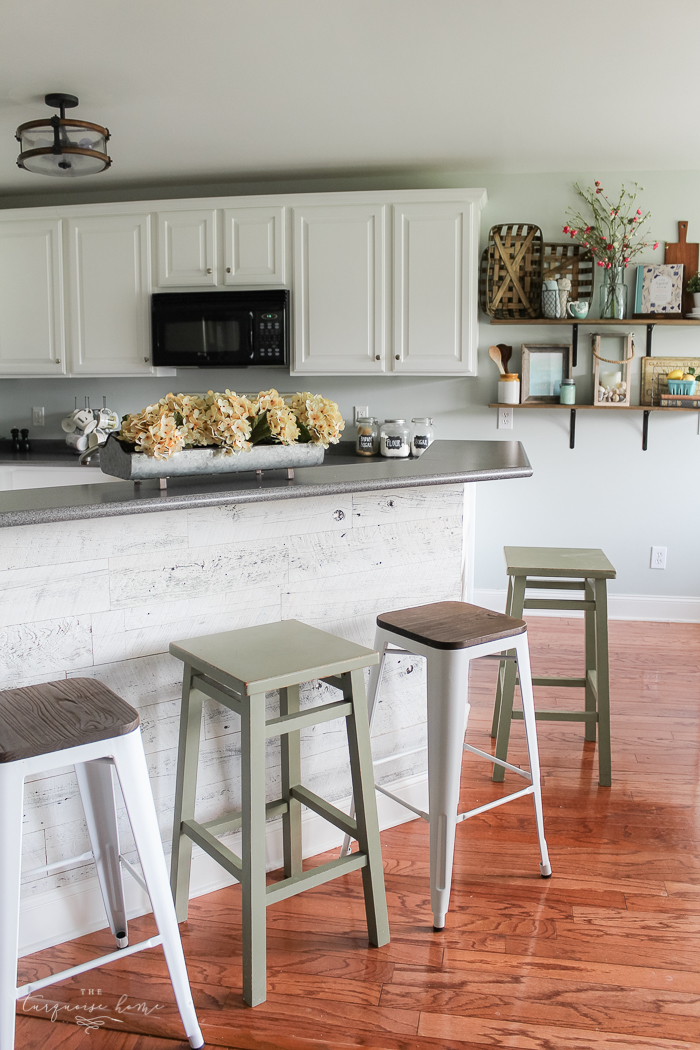 The Best Modern Farmhouse Bar Stools | The Turquoise Home