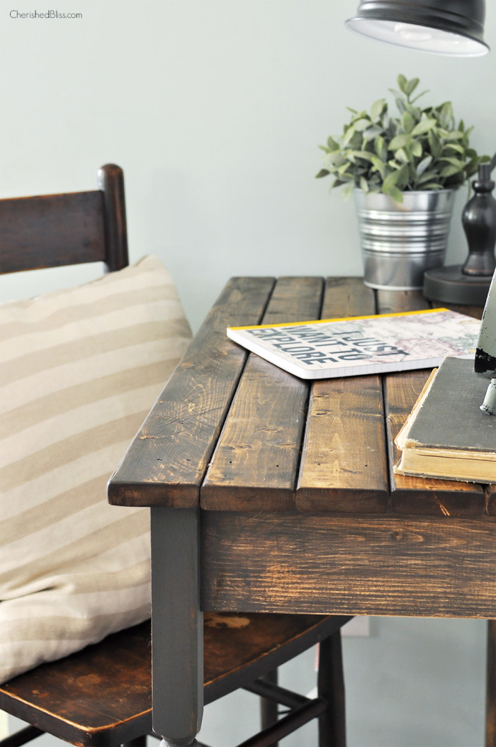 DIY Farmhouse Writing Desk