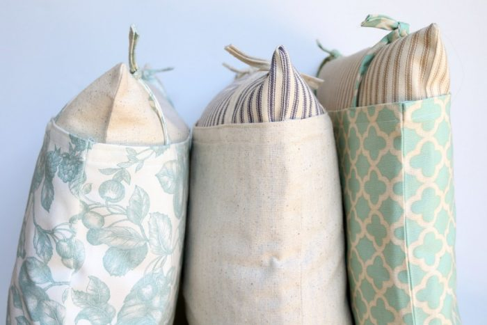 DIY Farmhouse Style Pillows