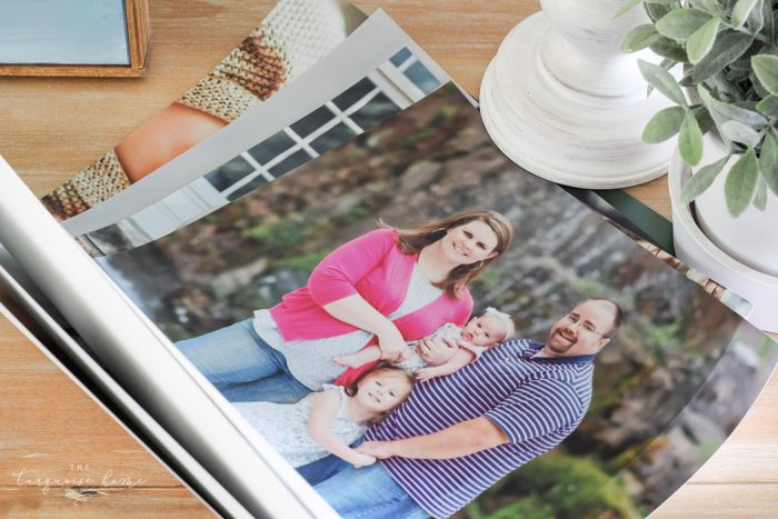 Yay! Family photos for the living room gallery wall! Fresh ideas on the blog!