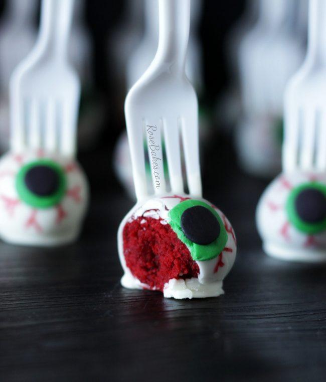eyeballs-on-a-fork-red-velvet-cake-pops