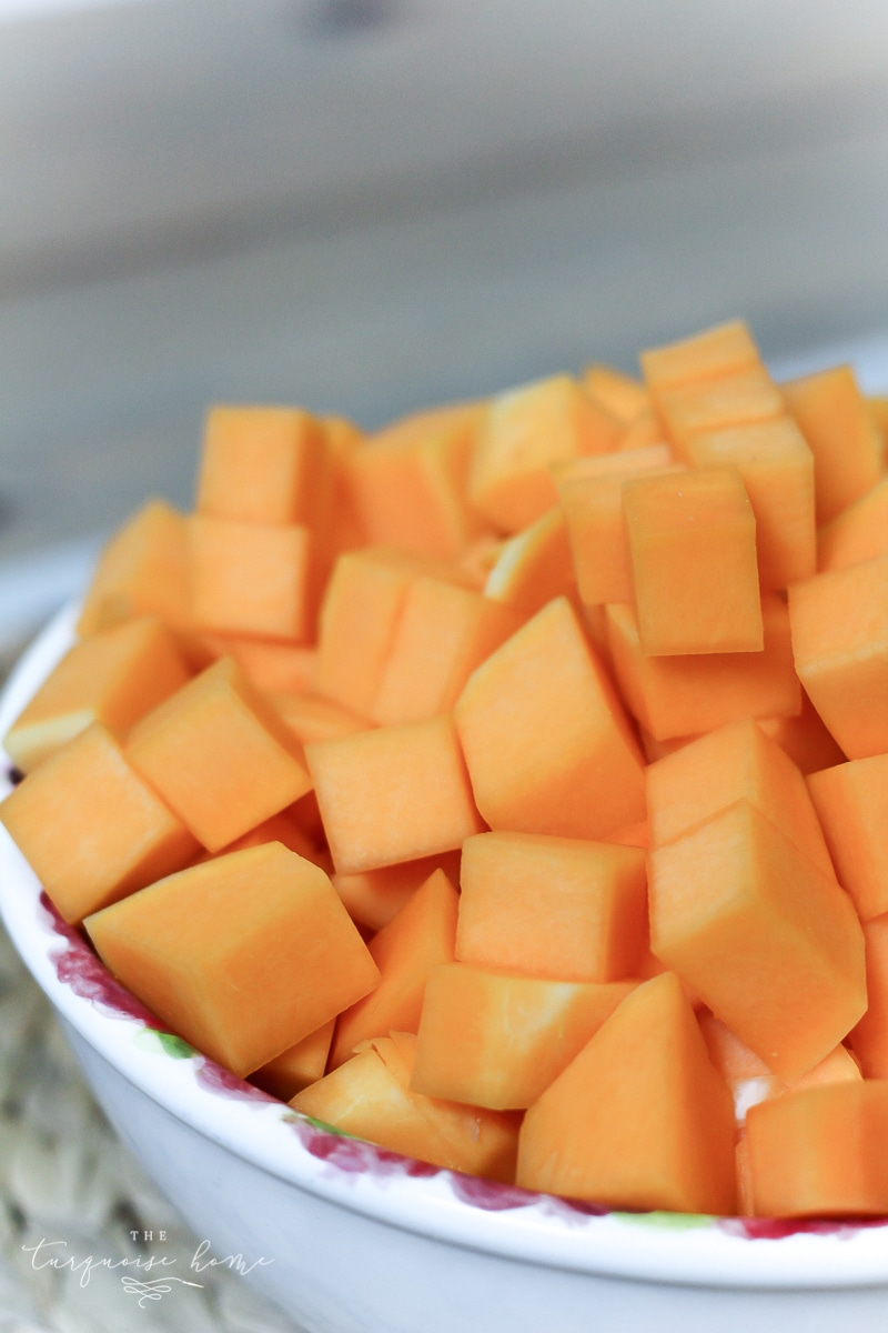 The combination of savory and sweet is to die for! Easy Butternut Squash Soup Recipe | TheTurquoiseHome.com
