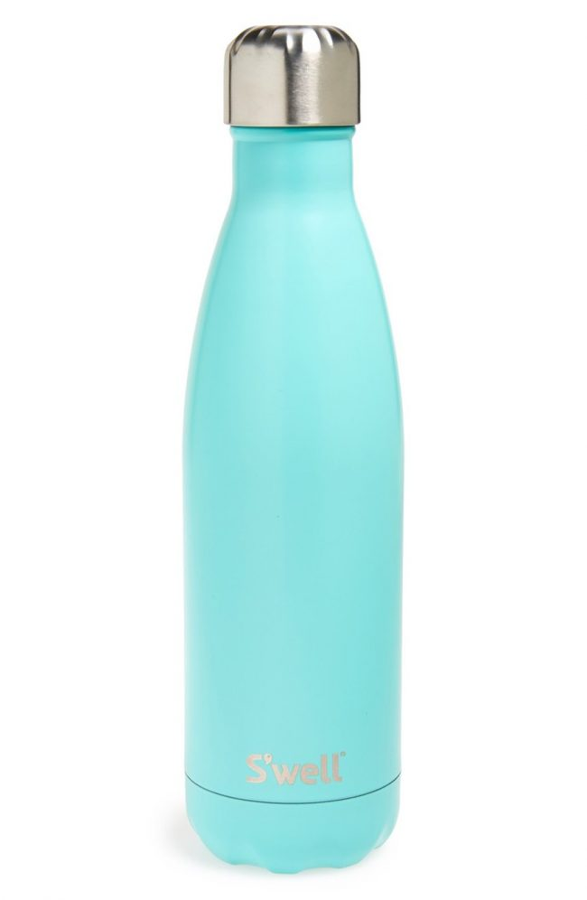 Who wouldn't want to drink their water out of this turquoise S'well bottle?? | Top 15 Kitchen Gifts for the Turquoise Lover