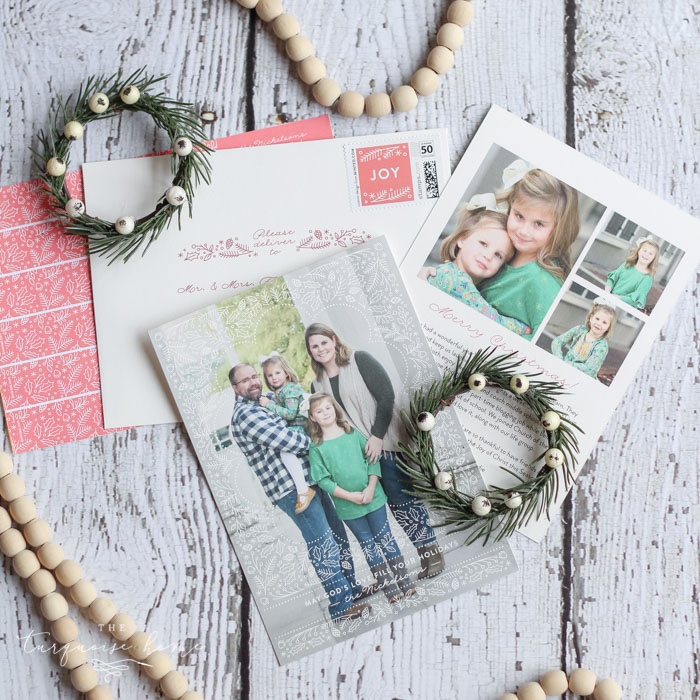 Great tips! How to Choose the Perfect Photo Christmas Cards