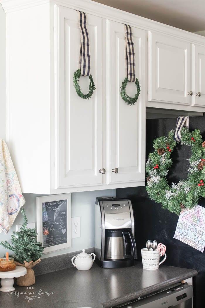 gorgeous kitchen decor with diy christmas kitchen wreaths