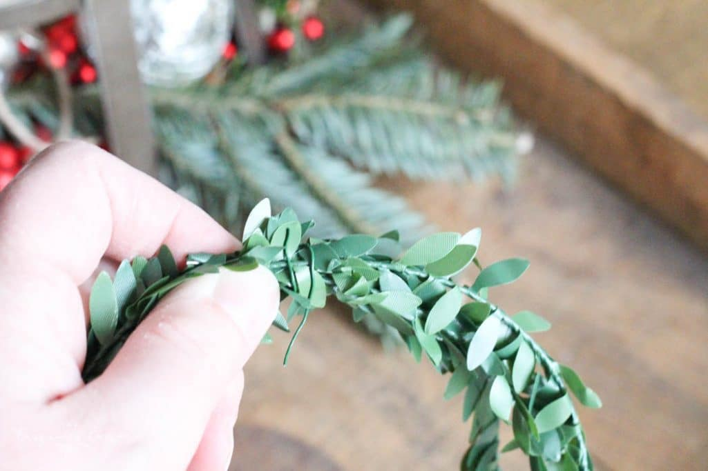 Kitchen Decor with DIY Christmas Kitchen Wreaths!