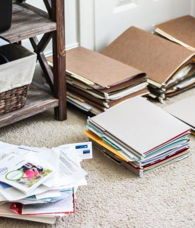 How to Eliminate Paper Clutter for Good! | 30 days to Less of a Hot Mess