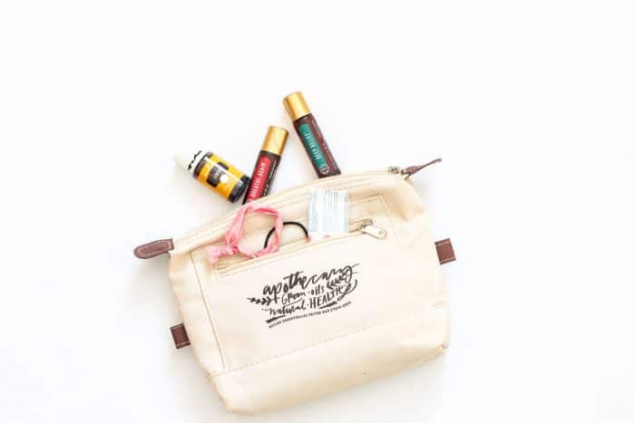 Put like things in their own containers! It just makes sense for purse organization! | 30 Days to Less of a Hot Mess Challenge